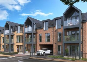 Thumbnail 1 bed flat for sale in Grovesnor Road, Westcliff On Sea, Southend