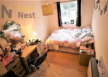 Thumbnail 6 bed flat to rent in Flat 3, Cardigan Road, Hyde Park