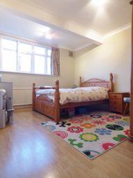 Thumbnail Room to rent in Pasteur Gardens, Edmonton