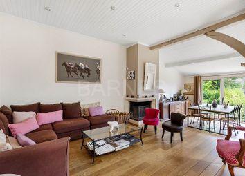 Thumbnail 5 bed villa for sale in Suresnes, Suresnes, France