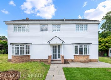 Beechwood Close, Long Ditton, Surbiton KT6. 4 bed detached house