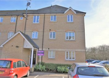 Thumbnail 2 bed flat for sale in Medhurst Way, Oxford