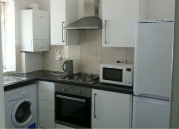 Thumbnail 2 bed flat to rent in Congreve Street, Old Kent Road, London