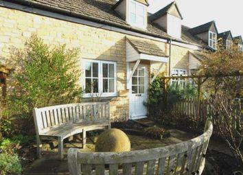 Thumbnail 1 bed cottage for sale in 2 Noel Court, High Street, Chipping Campden