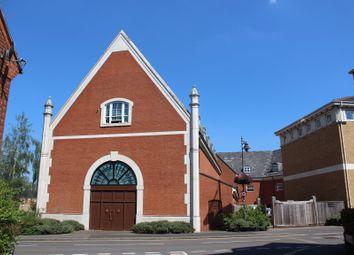 Dickens Court, Hensborough, Dickens Heath B90. 1 bed flat