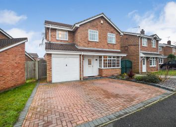 4 bed detached house for sale in Goldfinch Close, Mansfield NG18