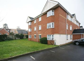 Thumbnail 1 bedroom flat for sale in Avenue Heights, Basingstoke Road, Reading, Berkshire