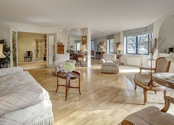 Thumbnail 3 bed flat for sale in Firecrest Drive, Hampstead