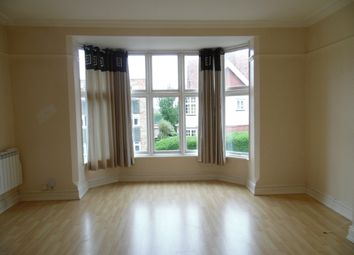 Thumbnail 1 bed flat to rent in Flat 4, 20 Stoneygate Avenue, Leicester