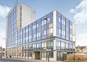 Thumbnail Studio to rent in Kingsway, North Finchley, London
