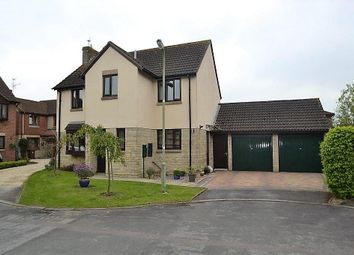 Thumbnail 4 bed property for sale in Tangmere Close, Bicester