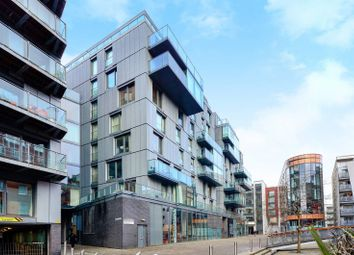 Thumbnail 1 bed flat to rent in Dickinson Court, Clerkenwell