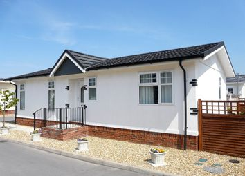 Thumbnail 2 bed mobile/park home for sale in Crookes Lane, Kewstoke, Weston-Super-Mare