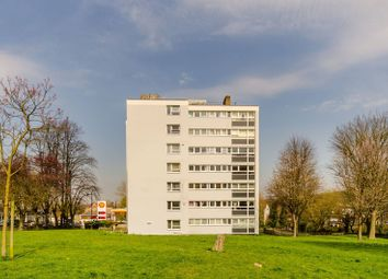 Thumbnail 2 bedroom flat to rent in Woodland Road, Gipsy Hill