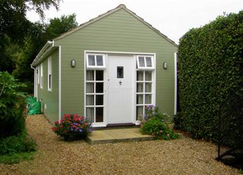Thumbnail 1 bed property to rent in School Lane, Hamble, Southampton