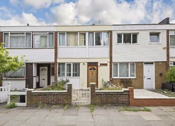 Thumbnail 5 bed property to rent in Danebury Avenue, London