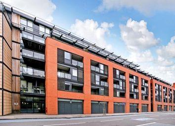 Thumbnail 1 bed flat to rent in Southwark Bridge Road, Borough