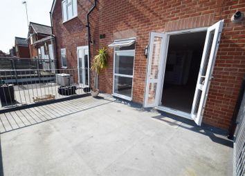 Thumbnail 2 bed property to rent in Prospect Street, Caversham, Reading