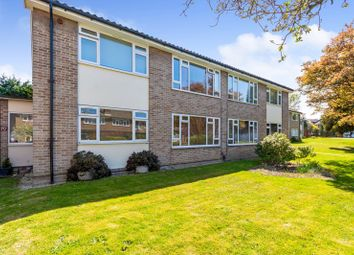 Thumbnail 2 bed maisonette for sale in The Chevenings, Sidcup