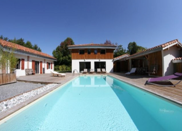 Thumbnail 8 bed villa for sale in Right By The Lake, Soustons (Commune), Soustons, Dax, Landes, Aquitaine, France