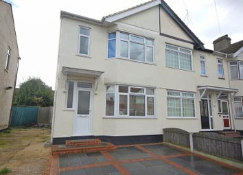 Thumbnail 2 bed property to rent in Hawthorn Avenue, Rainham