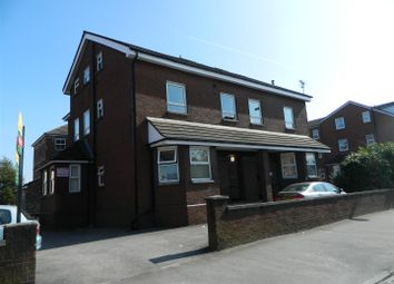 Thumbnail 2 bedroom flat to rent in Wellington Road North, Heaton Chapel, Stockport