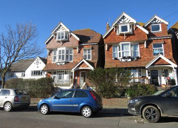 3 bed flat to rent in Cantelupe Road, Bexhill-On-Sea TN40