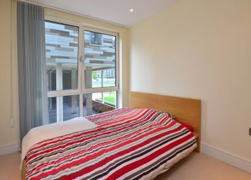 3 bed flat to rent in Indescon Square, Canary Wharf, London E14