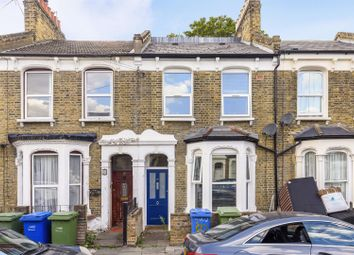 5 bed property to rent in Pennethorne Road, London SE15