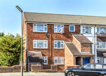 2 bed flat to rent in Horseshoe Crescent, Camberley, Surrey GU15