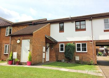 Thumbnail 1 bed maisonette to rent in Farm Close, Borehamwood, Hertfordshire
