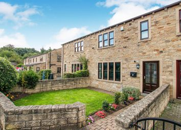 Thumbnail 3 bed town house for sale in Beehive Court, Liversedge