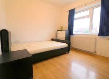 Thumbnail Room to rent in Fenlake Road, First Floor, Bedford