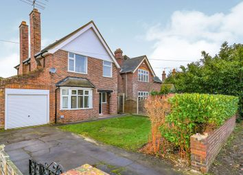 Thumbnail 3 bedroom detached house to rent in Fernhill Road, Farnborough