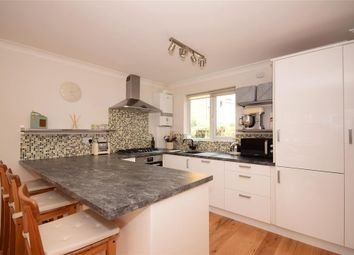 Thumbnail 2 bed flat for sale in Summerfields, Ingatestone, Essex