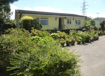 Thumbnail 2 bed mobile/park home for sale in Heathervale Way, New Haw, Addlestone