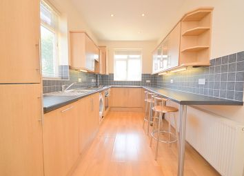 Thumbnail 2 bed flat to rent in The Drive, Chingford