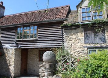 Thumbnail 1 bed flat to rent in High Street, Lechlade