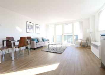 Thumbnail 2 bed flat for sale in Platinum Riverside, North Greenwich, London
