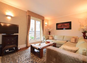 Thumbnail 2 bed flat for sale in Chelsea Harbour, Chelsea