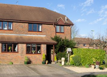 3 bed semi-detached house for sale in Lindley Gardens, Alresford SO24