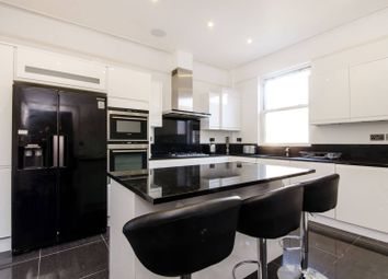 Thumbnail 3 bed flat to rent in Queens Road, Wimbledon