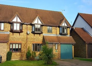Thumbnail 4 bed property to rent in Bignor Close, Horsham