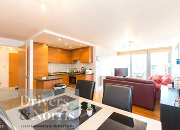 2 bed flat for sale in Chillingworth Road, Islington, London N7