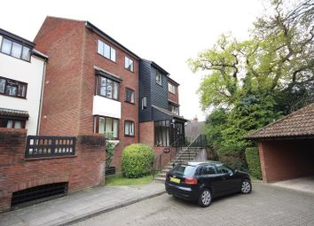 Thumbnail 2 bedroom flat for sale in Oakdene Close, Hatch End, Pinner