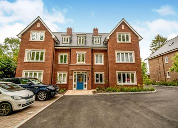 Thumbnail 2 bedroom flat for sale in Amersham Road, High Wycombe