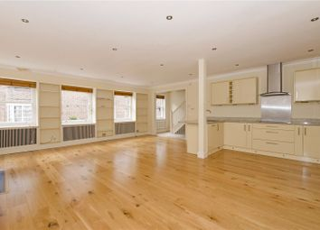 2 Bedrooms Mews house to rent in Gower Mews, London WC1E