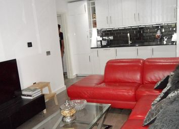 Thumbnail 2 bedroom property to rent in Lapis Close, London