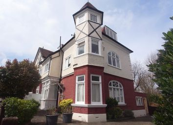 Thumbnail 2 bed flat to rent in Parkside Lodge, 24 Sheen Gate Gardens, East Sheen [7403]