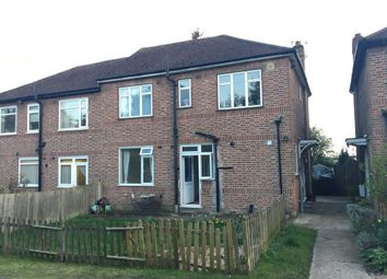 Thumbnail 2 bedroom maisonette to rent in Manor Close, Barnet